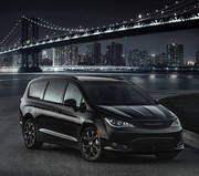 2020-Chrysler-Pacifica-Red-S-Edition-42