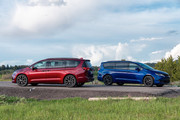 2020-Chrysler-Pacifica-Red-S-Edition-20