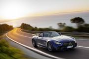 Mercedes-AMG-GT-R-Roadster-9