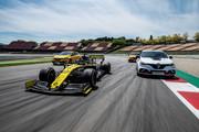 Renault-Megane-RS-Trophy-R-22