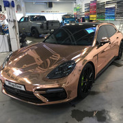 Porsche-Panamera-Turbo-S-E-Hybrid-in-chrome-wrap-4