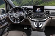 2020-Mercedes-Benz-V-Class-15