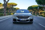 2020-BMW-7-Series-13