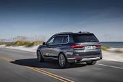 2020-BMW-X7-61