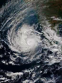 चक्रवात बूरेवि की बजह से दक्षिण भारत मे पड़ा जन जीवन पर बुरा प्रभाव (Cyclon Burevi News)