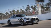 2020-Mercedes-AMG-GT-R-PRO-11