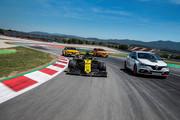 Renault-Megane-RS-Trophy-R-17