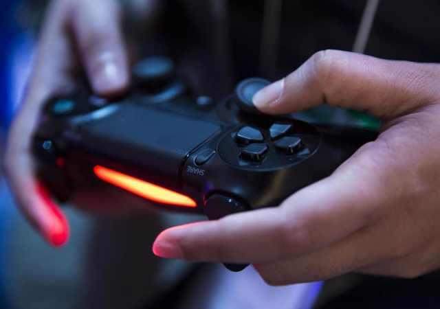 alat kawalan PlayStation 5