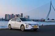 2020-Hyundai-Ioniq-Electric-16