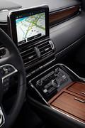 2020-Lincoln-Navigator-7