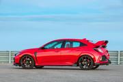 2019-Honda-Civic-Type-R-and-Civic-Hatchback-18