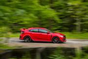 2019-Honda-Civic-Type-R-and-Civic-Hatchback-15