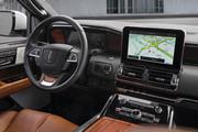 2020-Lincoln-Navigator-4