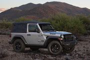 2020-Jeep-Wrangler-Willys-Black-Tan-special-editions-6