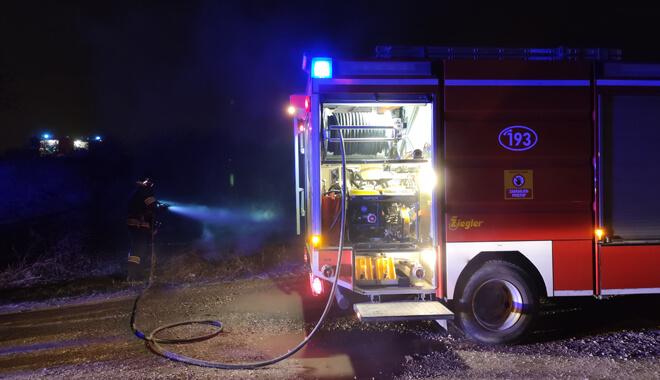 gasenje-pozara-u-blatu-vatrogasci-sveta-klara