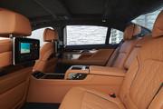 2020-BMW-7-Series-77