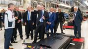 Porsche-Taycan-gets-32-000-applications-19