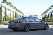 2020-BMW-7-Series-49