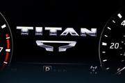 2020-Nissan-TITAN-XD-15