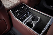 2020-BMW-7-Series-39