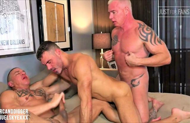 RyanCarter & Digger and Manuel Skye