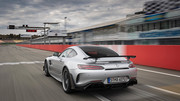 2020-Mercedes-AMG-GT-R-PRO-15