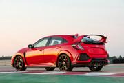 2019-Honda-Civic-Type-R-and-Civic-Hatchback-14