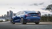 Tesla-Model-3-in-Revo-Zport-body-kit-2