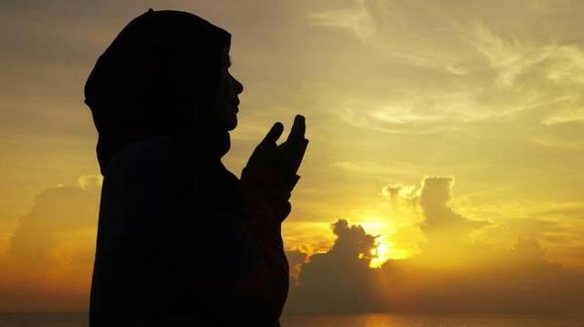 berdoalah kepada tuhan