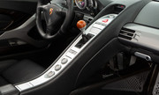 Porsche-Carrera-GT-8