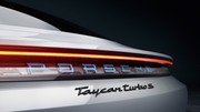 Porsche-Taycan-25