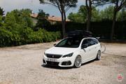 Peugeot-308-SW-on-Vossen-Wheels-4