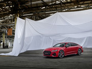 2020-Audi-RS-7-Sportback-10