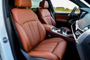 2020-BMW-X7-123