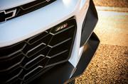 2019-Chevrolet-Camaro-ZL1-1-LE-2