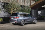 2020-BMW-X7-22