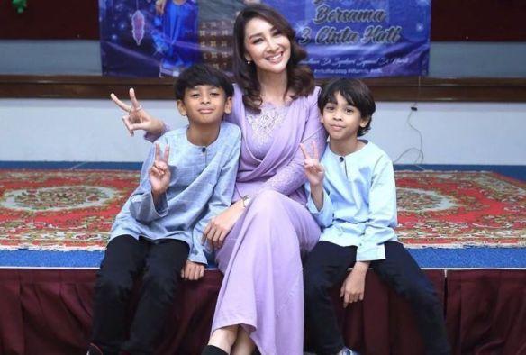 netizen persoal status sah taraf anak-anak rita rudaini