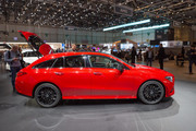 2020-Mercedes-Benz-CLA-Shooting-Brake-2