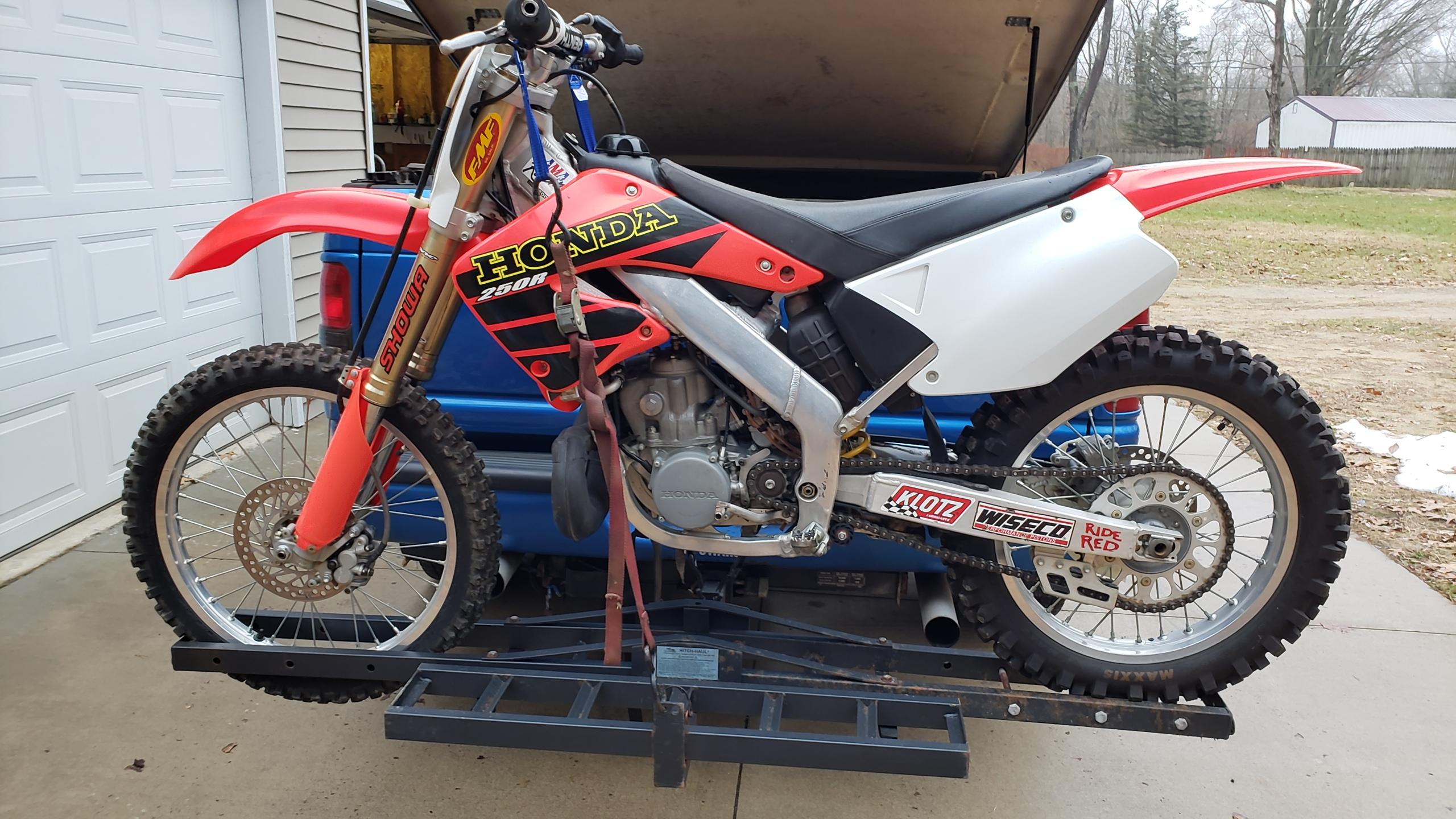 cr250r 2001 with 20 hours fantastic