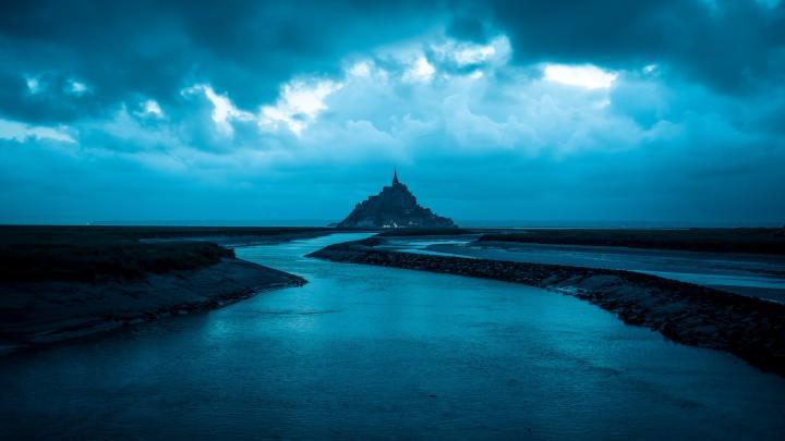 Blue Sea and Blue Sky [1920X1080]