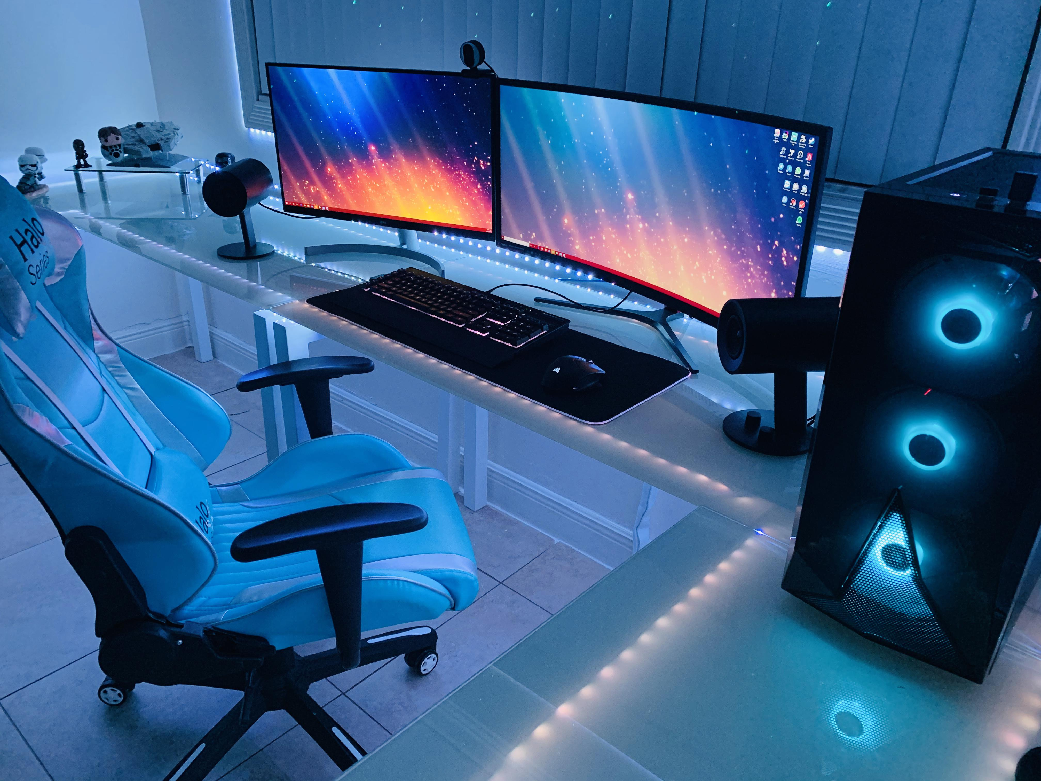 this glass desk is one of the best