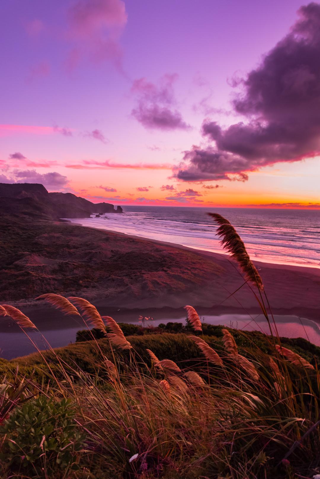 Magical sunset over Bethells Beach [1080 x 1618 ...