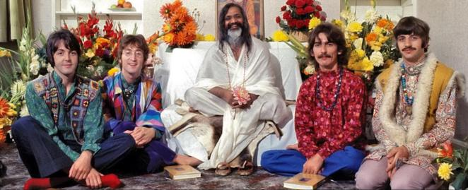 The Beatles in northern India at the ashram of Maharishi Mahesh Yogi, studying transendential meditation - February 1968 : OldSchoolCool