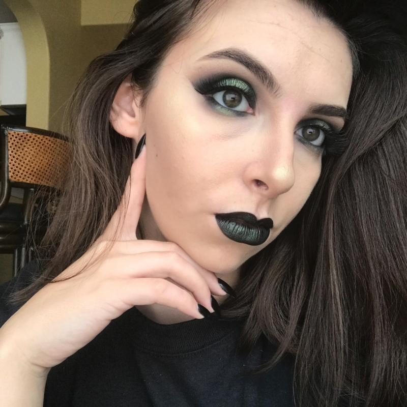 A Makeup Look Inspired By Shego From