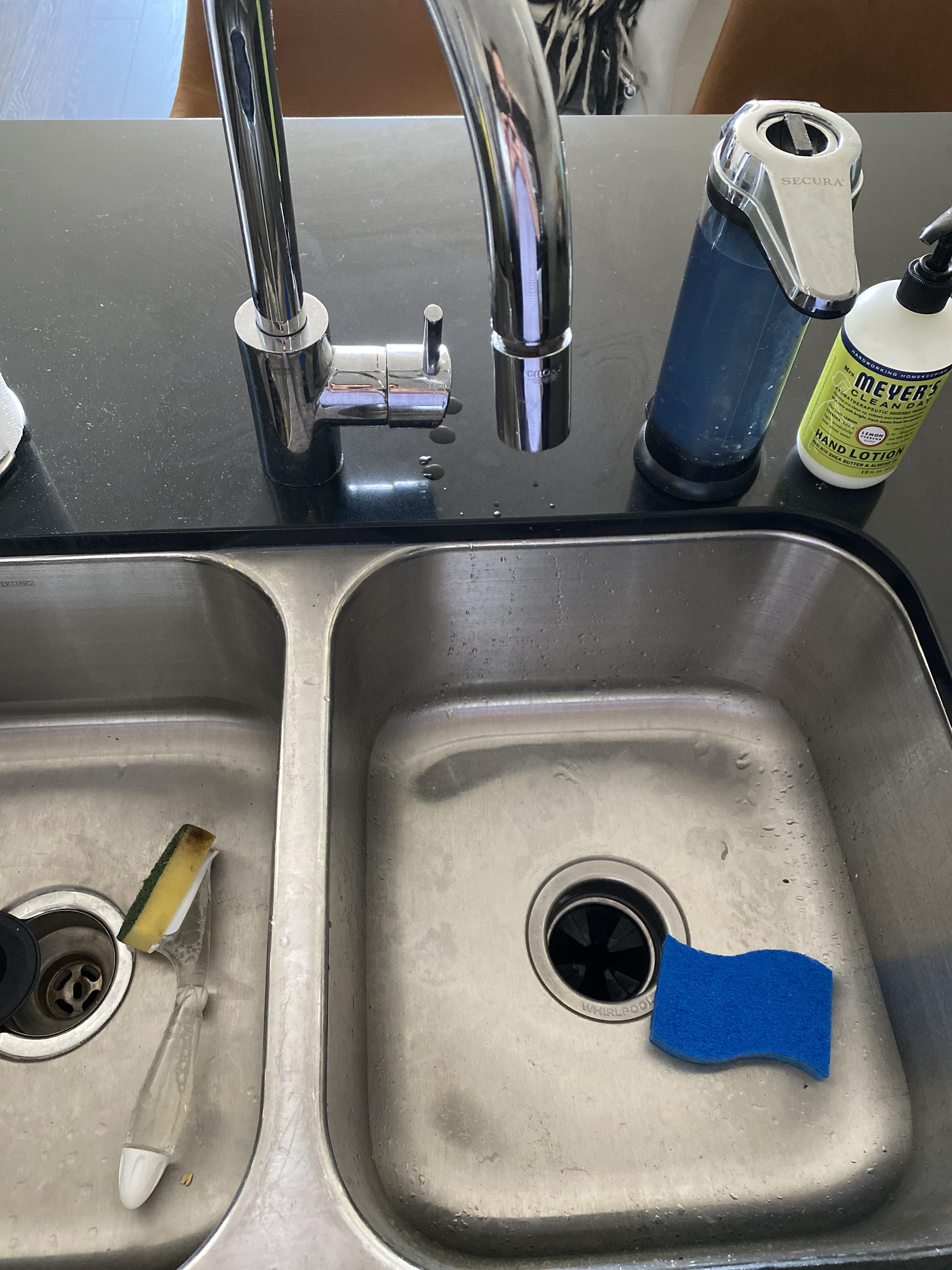 the faucet always gets wet either