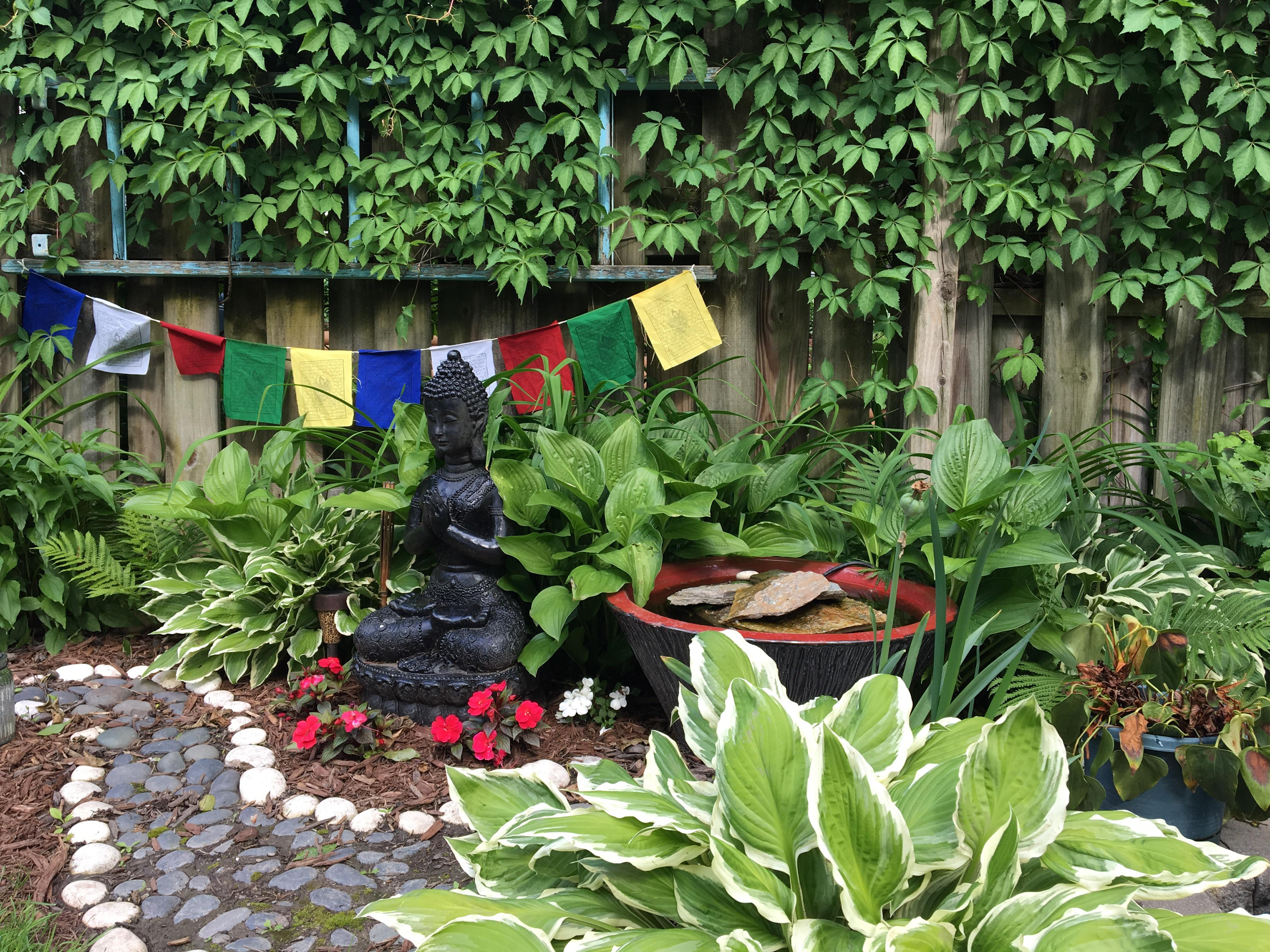 My meditation space is beginning to grow in. : gardening on Meditation Patio Ideas  id=42346