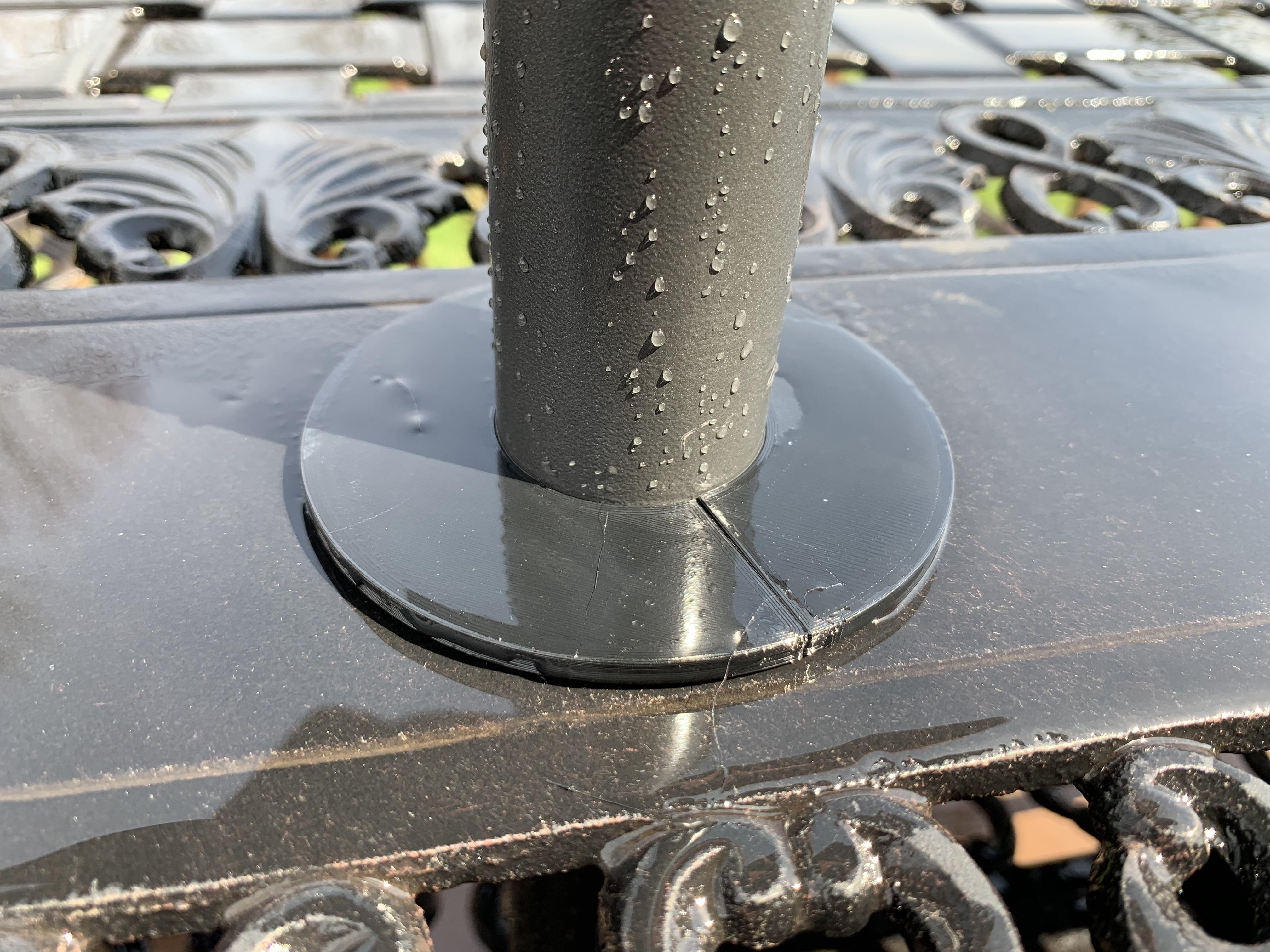 patio table and the umbrella pole fit