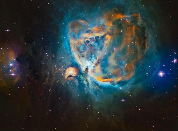 M42 - Orion Nebula in Narrowband SHO (Hubble Palette ...