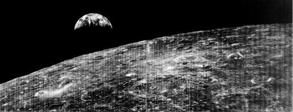 First ever picture of the earth from Lunar Orbiter 1 ...