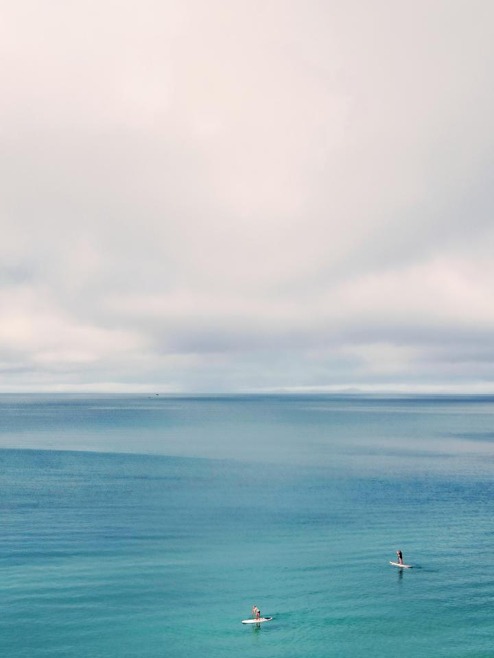 The line where the sky meets the sea 🌊